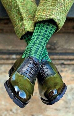 The Preppy Fox — marcguyot: New advertisement! Sharp Dressed Man, Well Dressed Men, Sock Shoes, Shoe Boots, New Advertisement, Men Dress, Dress Shoes, Dandy Style, Men's Style