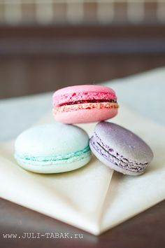 #Colorful #Macaroons!