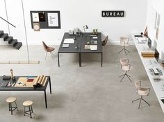Office Design: seamless tile solutions for a changing workplace strategy Open Concept Office, Cool Office Space, Loft Office, Office Floor, Office Space Design, Modern Office Design, Workspace Design, Office Workspace, Small Office