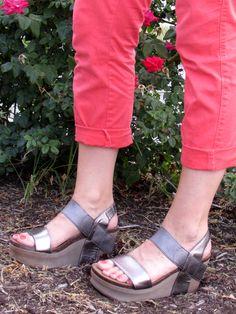 @otbt Bushnell sandal in metallic #otbt #sandal #cobblerswife