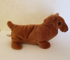 Ty Beanie Baby - Rare & Retired - Weenie The Dachshund - Style 4013 Rare Beanie Babies, Deep Blue Rub, Baby Dachshund, Father's Day Specials, Blue Fruits, Japan Shop, Swing Tags, Colorful Socks, Ty Beanie