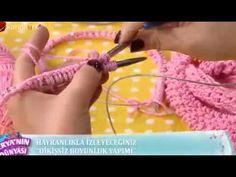 Derya Baykal'ın Deryalı Günler programındaki tüm videoları buradan takip edebilirsiniz. Şal, panço, kazak, yelek, bolero gibi örgü ürünlerinin nasıl örüleceğ...dikişsiz buyunluk