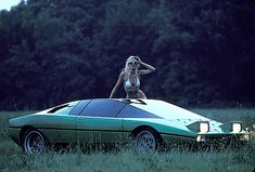 1974 Lamborghini Bravo  - the ole cleavage with a car trick -  IT WORKS