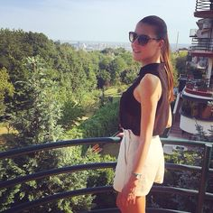 Yesterday's day look in sunny Zagreb! ☀️ #zagreb #vinogradi #croatia #hrvatska #summer #sommer #sunny #sun #hot #forest #green #natur #nature #terrace #highwaistshorts #blouse  #sunglasses #shades #sunnies #garden #love #lifestyle #outfit #look #city #town #summerinthecity #blog #blogger #fashion