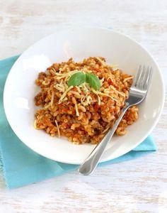 Ouderwetse macaroni met gehakt! Dutch Recipes, Italian Recipes, Risotto, Pasta Recipes, Dinner Recipes, European Cuisine, English Food, Fabulous Foods, No Cook Meals