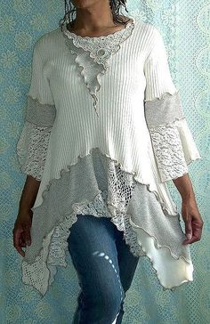 Top pullover jumper upcycled by Flicka by Brenda Abdullah, share of … - Upcycled Clothes Refashioning Diy Clothing, Sewing Clothes, Sewing Shirts, Estilo Hippie, Recycled Sweaters, Altered Couture, Creation Couture, Altering Clothes, Mode Inspiration