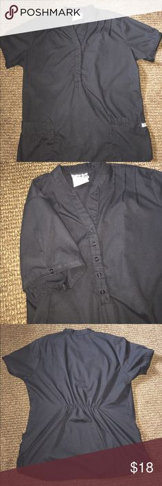 Black scrub top and pant set Gently used only a couple months old and ind great condition Butter-Soft scrubs by UA Other