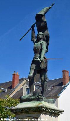 Jeanne d'Arc de Saint Pierre le Moutier Joan D Arc, Saint Joan Of Arc, St Joan, Arc France, Witch History, Jeanne D'arc, St Sebastian, French History, Female Hero