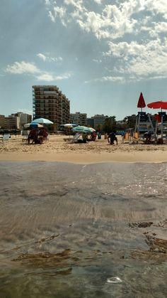 Agua cristalina en la Playa de Gandia Street View, Instagram, Beaches, Water