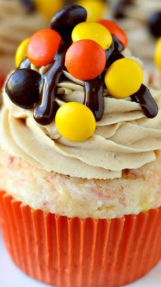 Reese's Pieces Cupcakes Recipe ~ These cupcakes and their colors are perfect for Halloween!