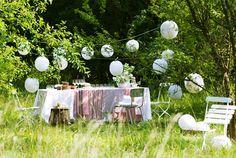 Mittsommer in Skandinavien Outdoor Rooms, Outdoor Gardens, Outdoor Living, Party Hacks, Party Ideas, Baby 1st Birthday, Sweet 16 Birthday, Different Textures, Partys