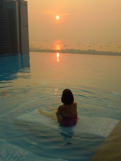 A relaxing way to spend the early morning! Westin Hotel, Singapore