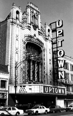 Vintage Movie Theater, Vintage Movies, Theater Chicago, Chicago School, Chicago Area, Chicago Illinois, Chicago Pictures, Moving To Chicago, My Kind Of Town