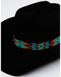Cowboy Hat Bands, Felt Cowboy Hats, Bead Loom Designs, Bead Loom Patterns, Cody James, Beaded Hat Bands, Native Beading Patterns, Black Hold, Cowboys And Indians