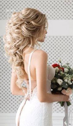 Wedding Hairstyles For Long Hair Featured Hairstyle: Elstile; Wedding Hairstyles For Long Hair, Loose Hairstyles, Wedding Hair And Makeup, Bride Hairstyles, Headband Hairstyles, Bridal Hair, Bridesmaid Hairstyles, Hairstyle Wedding, Strapless Dress Hairstyles