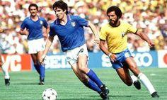 Paolo Rossi (Santa Lucía, Prato, Toscana, Italia, 23 de septiembre de 1956) es un ex futbolista italiano, jugaba de delantero y fue campeón del mundo con su selección. Fue formado como futbolista en el Cattolica Virtus de Florencia y en la Juventus de Turín.