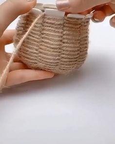 Diy Crafts Hacks, Diy Home Crafts, Diy Arts And Crafts, Cute Crafts, Creative Crafts, Yarn Crafts, String Crafts, Paper Flowers Craft, Paper Crafts Origami