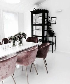 Dear design lover, are you ready for 10 Design Chairs For Your Modern Dining Room? Dining tables are important, they are the center of the dining room, but some modern dining chairs will light up your Dining Room Design, Dining Room Chairs, Dining Rooms, Office Chairs, Dining Tables, Dining Area, Lounge Chairs, Outdoor Dining, Clear Dining Chairs