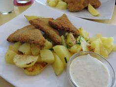 When in Vienna, do as the … Vegan Wiener schnitzel at Landia (Austria) ** Wiener Schnitzel, Vienna Austria, Vegan Fashion, Restaurants, Couple, Dishes, Breakfast, Summer, Food