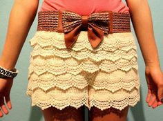 lace shorts are calling my name.