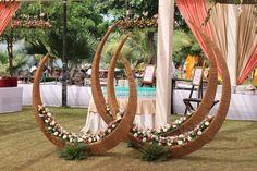 Udaipur Punjabi /Sikh Destination Wedding - Neeharika and Ritik Wedding Stage Design, Church Stage Design, Wedding Designs, Indian Wedding Decorations, Flower Decorations, Indian Weddings, Table Decorations, Janmashtami Decoration, Theme Background