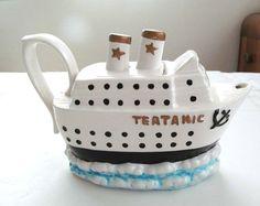 The Teatanic. Chocolate Pots, Chocolate Coffee, Ceramic Teapots, Vintage Ceramic, Cute Teapot, Teapots Unique, Teapots And Cups, Tea Art, Tea Service