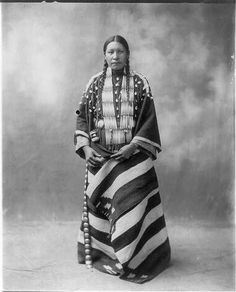 :::::::::::: Antique Photograph :::::::::::: Portrait of Lucy Red Cloud, a Sioux Indian woman, wearing ceremonial clothing. Native American Beauty, Native American Photos, Native American Tribes, Native American History, Native Americans, Indian Tribes, Native Indian, Native Art, Sioux Nation
