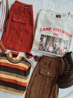 london look outfits autumn / london look outfits ; london look outfits winter ; london look outfits spring ; london look outfits summer ; london look outfits autumn ; london look outfits casual Retro Outfits, Vintage Outfits, Mode Outfits, Grunge Outfits, Fall Outfits, Casual Outfits, 90s Style Outfits, 80s Inspired Outfits, Teen Outfits