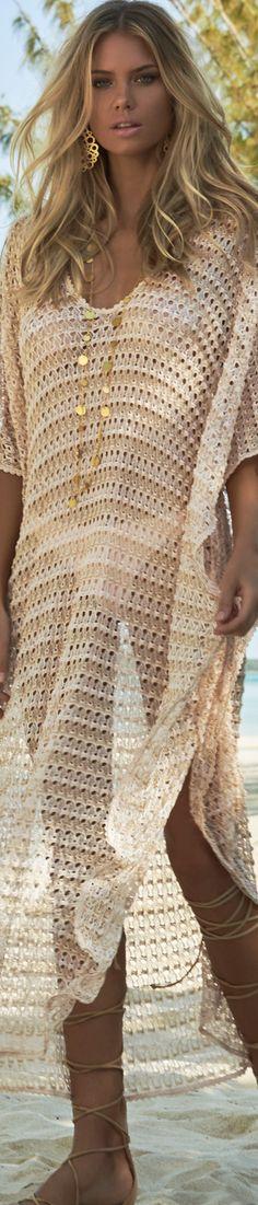 MELISSA ODABASH JUNE V-NECK LONG COVER UP Boho Chic, Bohemian Style, Melissa Odabash, Boho Fashion, Fashion Beauty, Autumn Fashion, Beach Fashion, Blond, Long Kaftan
