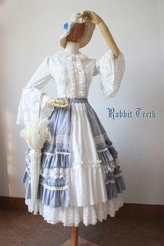--> For #ClassicLolita: [-✿-Rabbit Teeth ~Myosotis Sylvatica~ Skirt-✿-] --> [-✔-Size XXL Available for Plus-sized Lolitas-✔-] >>> http://www.my-lolita-dress.com/rabbit-teeth-myosotis-sylvatica-vintage-classic-lolita-skirt-rt-15