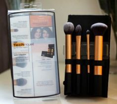 Win Real Techniques Core Collection ^_^ http://www.pintalabios.info/en/fashion_giveaways/view/en/1789 #International #MakeUp #bbloggers #Giveaway