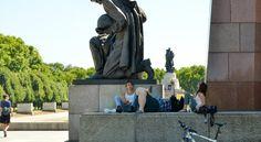 Sovjet Monument Berlijn Treptow - Wattedoeninberlijn.nl