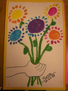 """In art class, 2nd graders learned about the artist Pablo Picasso and created art just like his painting, """"Hands Holding Flowers."""""""