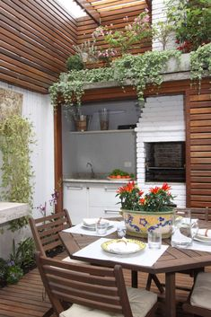 One of the best ways to improve your outdoor living space is by adding something tat you can enjoy together. This backyard grill ideas will inspire you! Pergola Patio, Backyard Landscaping, Backyard Ideas, House With Porch, Outdoor Living, Outdoor Decor, Outdoor Furniture, Dining Room Design, Decoration