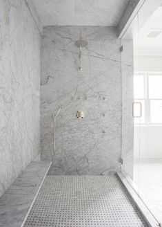 Shower bench on long wall. Gray Marble Slab Shower Surround with Long Floating Shower Bench, Transitional, Bathroom Shower Seat, Shower Floor, Huge Shower, Shower With Bench, Shower Benches, Shower Walls, Shower Base, Bad Inspiration, Bathroom Inspiration