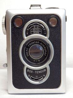 Midcentury-ZEISS-IKON-late-BOX-TENGOR-56-2-Box-camera-120-film-Frontar-achromat