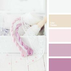 Delicate pink hues diluted with shades of violet will look very good in a wedding floristics - very gentle and very romantic..