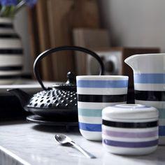 Tea time with the lovely series Omaggio from Kähler Design  http://royaldesign.com/eu/viewitem.aspx?ID=81573  #kähler #kählerdesign #teatime #coffee #coffeetime #kafferast #kahler #design #dukning #tablesetting #interiordesign #inspiration #decor #decoration #heminredning