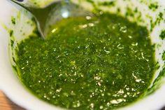 Соус из петрушки, чеснока,мяты и лимонного сока - можно съесть и подошву! salsaVerde0