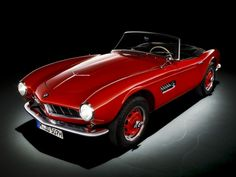 http://www.flatout.com.br/pequenos-grandes-roadsters-bmw-507/