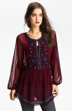 Free People Embellished Peasant Tunic Nordstrom Oh I LOVE this beautiful sexy blouse! Bohemian Mode, Hippie Boho, Bohemian Style, Bohemian Outfit, Bohemian Schick, Estilo Hippie, Boho Fashion, Womens Fashion, Fashion Dresses