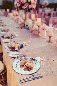 Glamorous and elegant destination wedding on the beach in Mexico (Quetzal Wedding Photo)