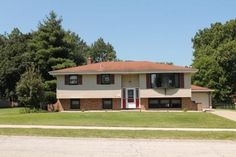 9412 Olcott Ave, Saint John, IN 46373 Saint John, Shed, Outdoor Structures, Mansions, House Styles, Home Decor, San Juan, Decoration Home, Manor Houses