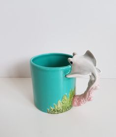 Vintage Bergschrund Seattle 1992 Stingray Handled Coffee Cup, Mug by on Etsy Retro Vintage, Vintage Items, Coffee Cups, Seattle, Stingrays, Handle, Hand Painted, Mugs, Gifts