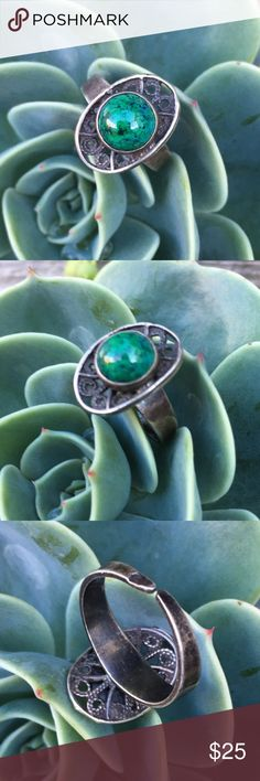 Vintage Sterling Silver Azurite Malachite Ring Adjustable (right now it is a size 5) • Genuine azurite malachite (green stone with flecks of blue azurite) • Sterling silver is tarnished from age, but the ring has no damage other than tarnish and typical surface wear Vintage Jewelry Rings