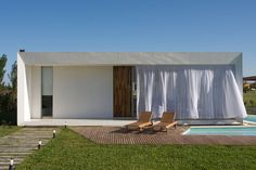 Image 1 of 21 from gallery of DT Puerto Roldán House / VismaraCorsi Arquitectos. Photograph by Sebastián Clavere Beautiful Architecture, Interior Architecture, Prefab Homes, Minimalist Home, My House, House Plans, New Homes, House Design, Vacation