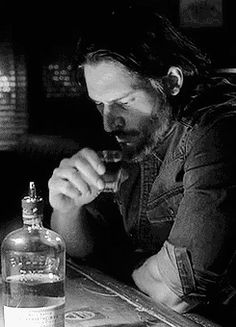 Alcide takin' shots - Joe Manganiello - Glad to see the turn of events for him, I'd much rather like him than not.