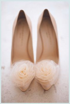 Rose tulle shoes. must have for my wedding!
