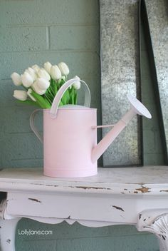 Spruce up a tired watering can with a bit of pink paint and these EASY tips! Add some fresh or faux florals for INSTANT spring ambiance! Diy Craft Projects, Crafts For Kids, Diy Crafts, Decor Crafts, Craft Ideas, Decor Ideas, Spring Home Decor, Diy Home Decor, Spring Decorations
