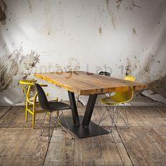 Unieke tafel van sloophout en staal, het blad is gemaakt van het unieke railway sleeper wood. Dit is hout afkomstig van oude spoorwegen uit India. - See more at: http://www.vintagelab15.com/webshop/tafels/industriele-tafels/robuuste-industriele-eettafel-type-boldo#sthash.Ii4aJ1ch.dpuf